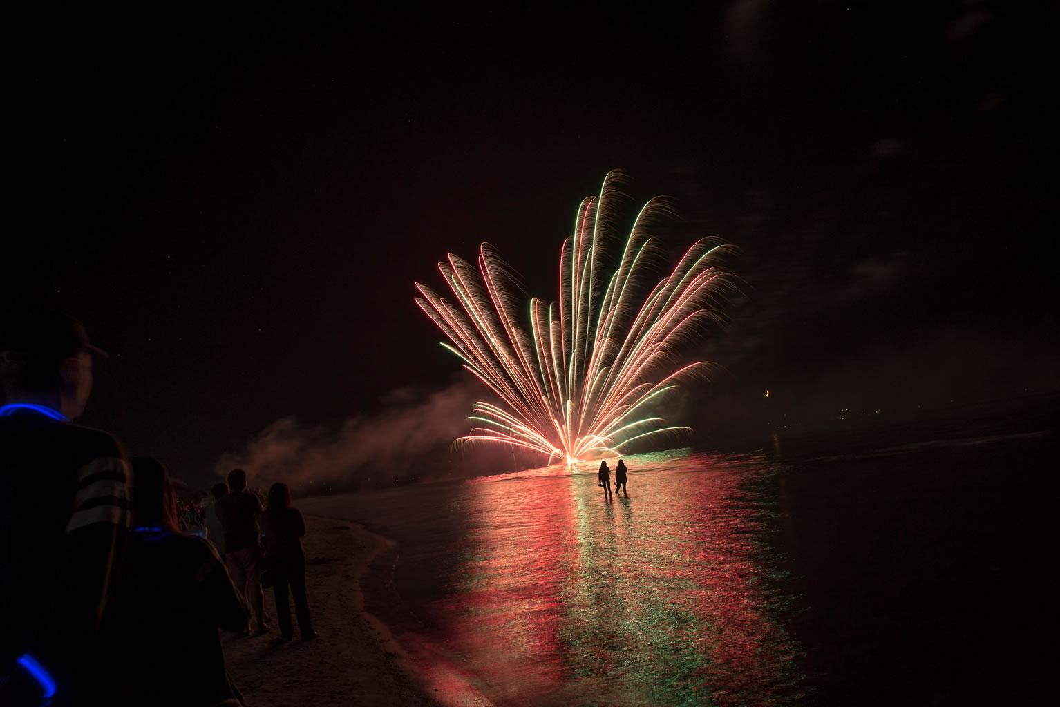 wasaga beach canada day fireworks